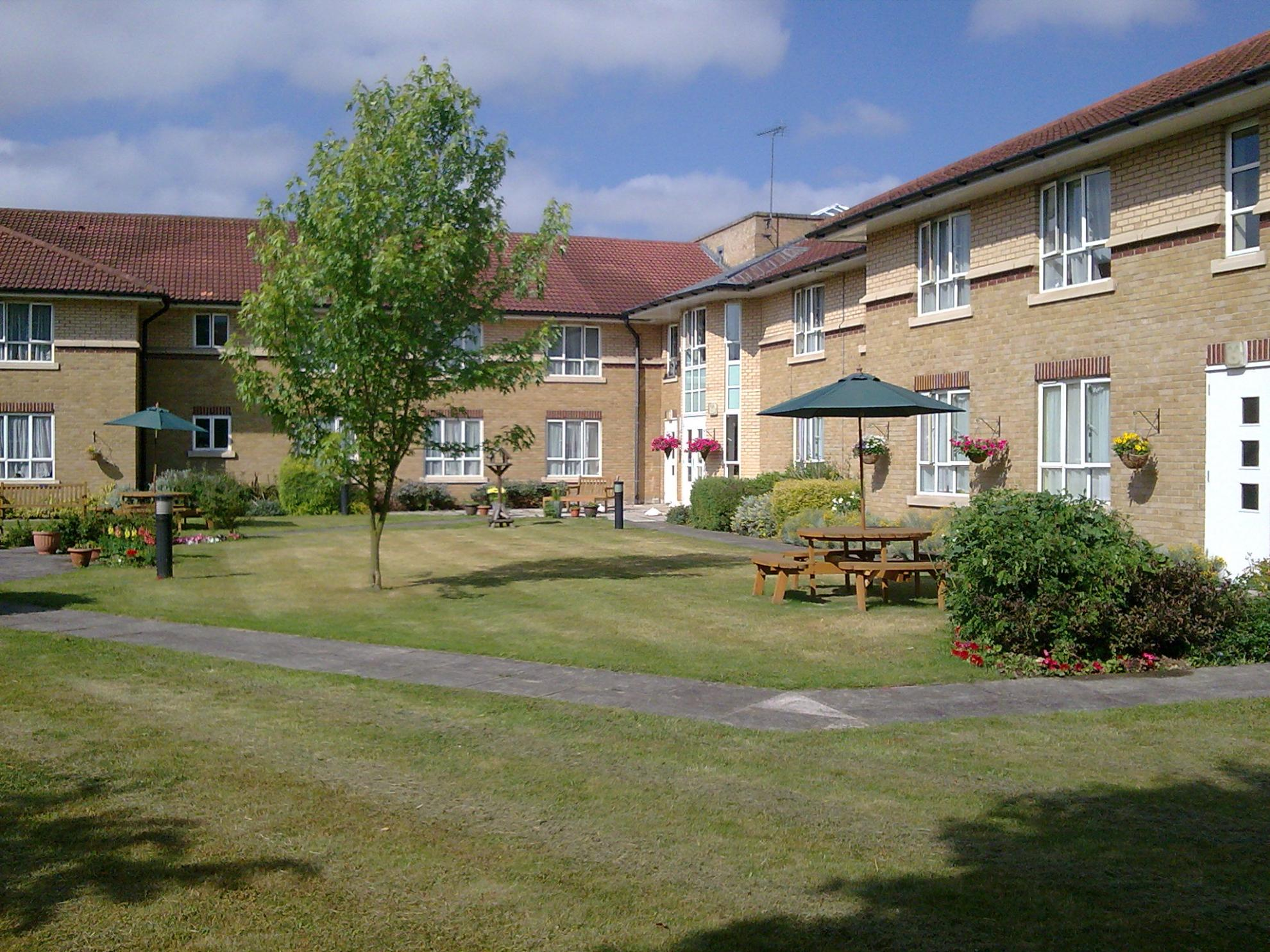 Chadwell house residential care home romford sanctuary for Residential house pictures