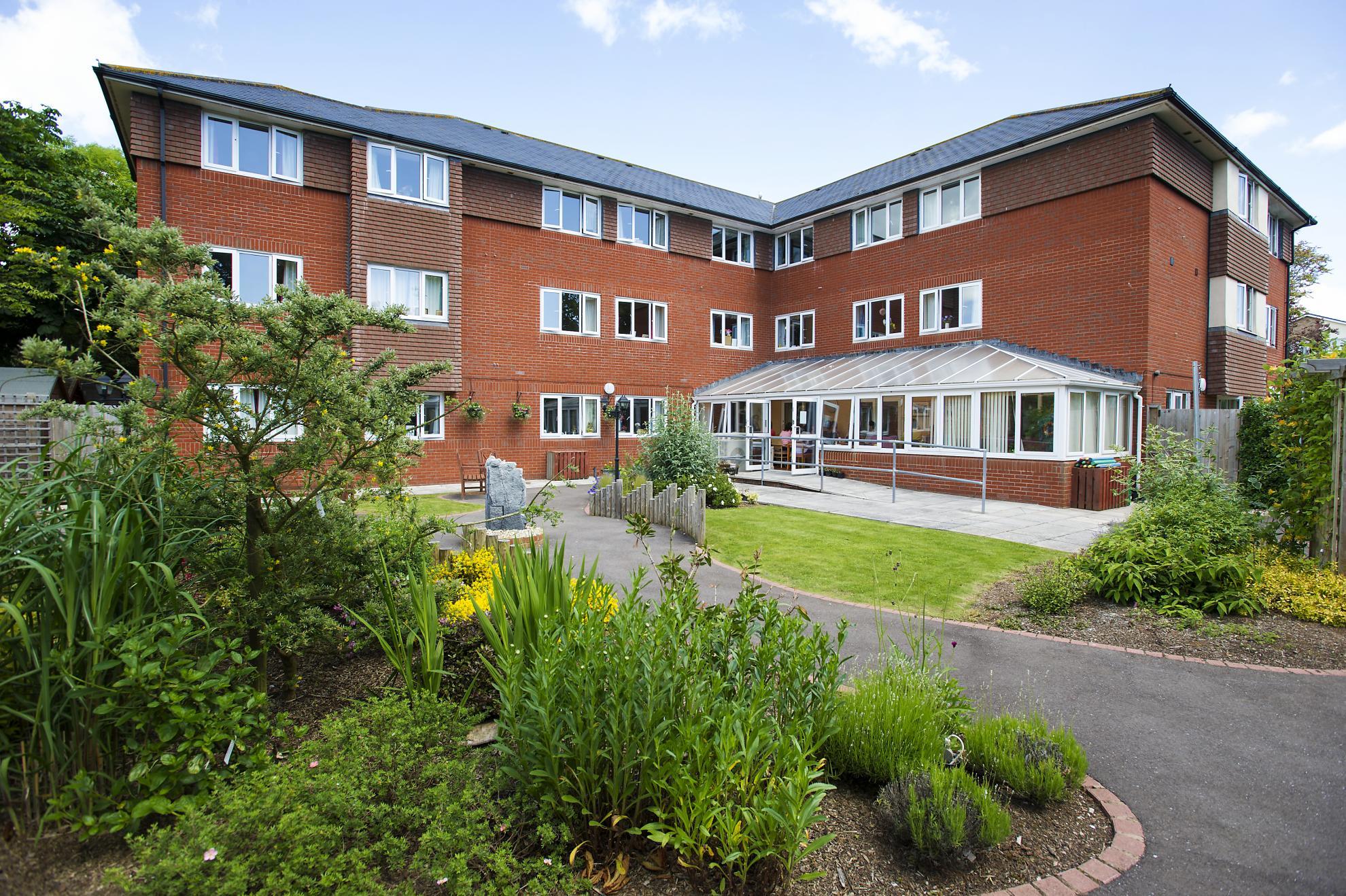 Dementia And Nursing Care Home In Exmouth Fernihurst