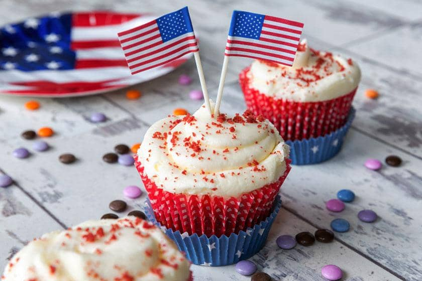 North American themed cupcakes