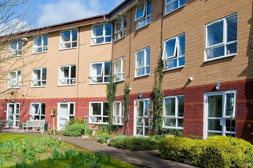 Brambles exterior care home image