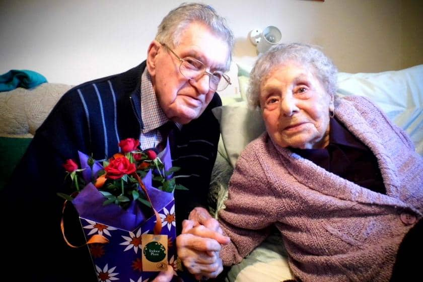 Ivybridge Residential and Nursing Home couple celebrate their 70th wedding anniversary with flowers.
