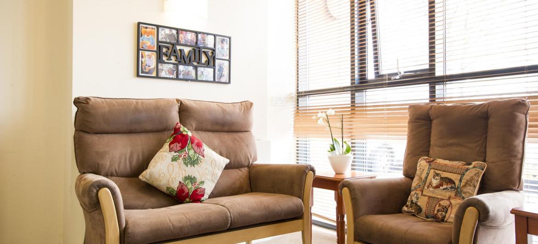 Ravenhurst Residential Care Home seating area
