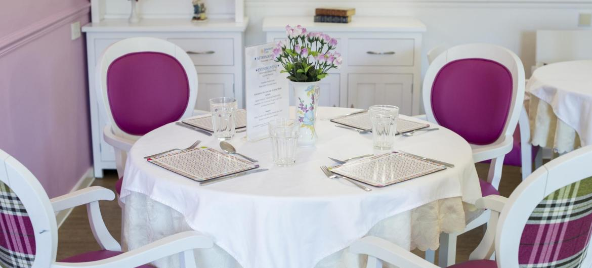 dining room at Parkview House Residential Care Home