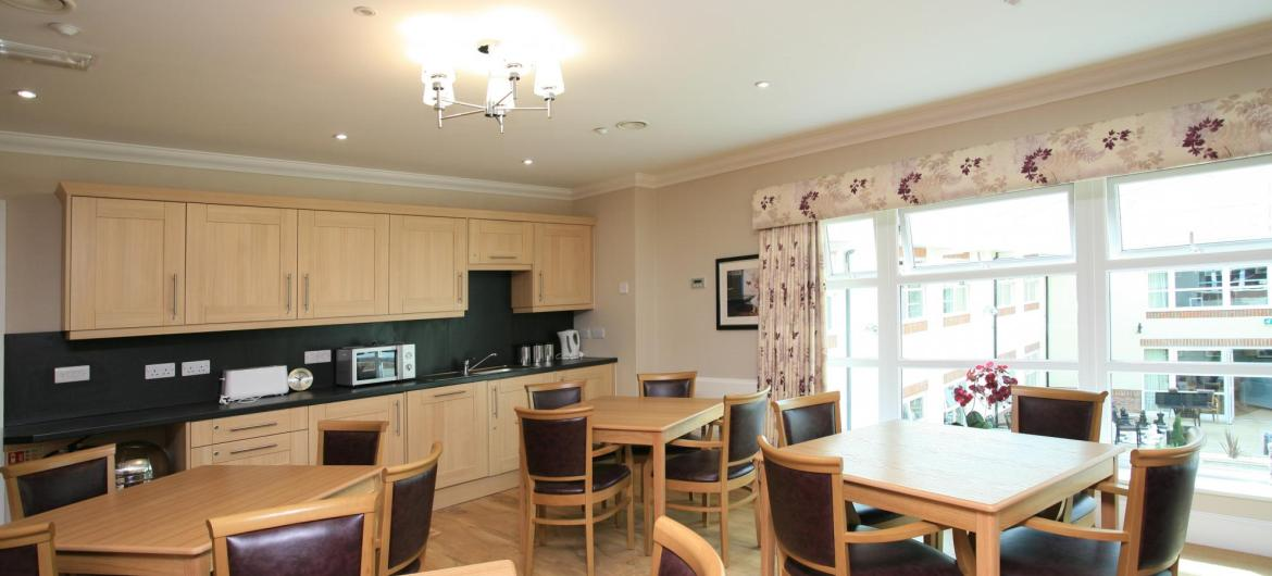 Dementia And Residential Care Home In Sheffield Park View