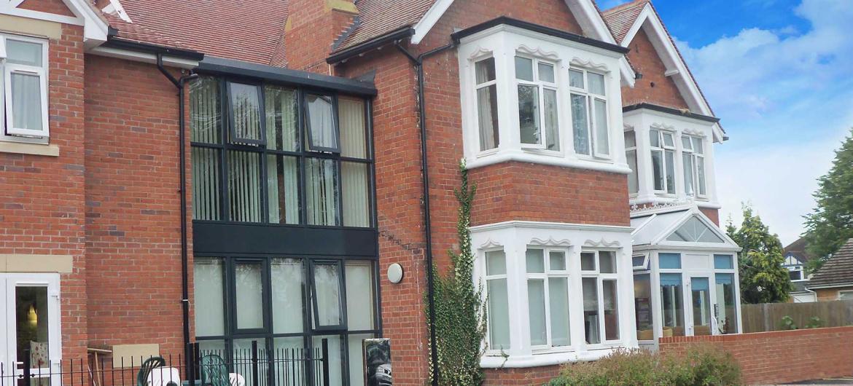 Ravenhurst exterior image