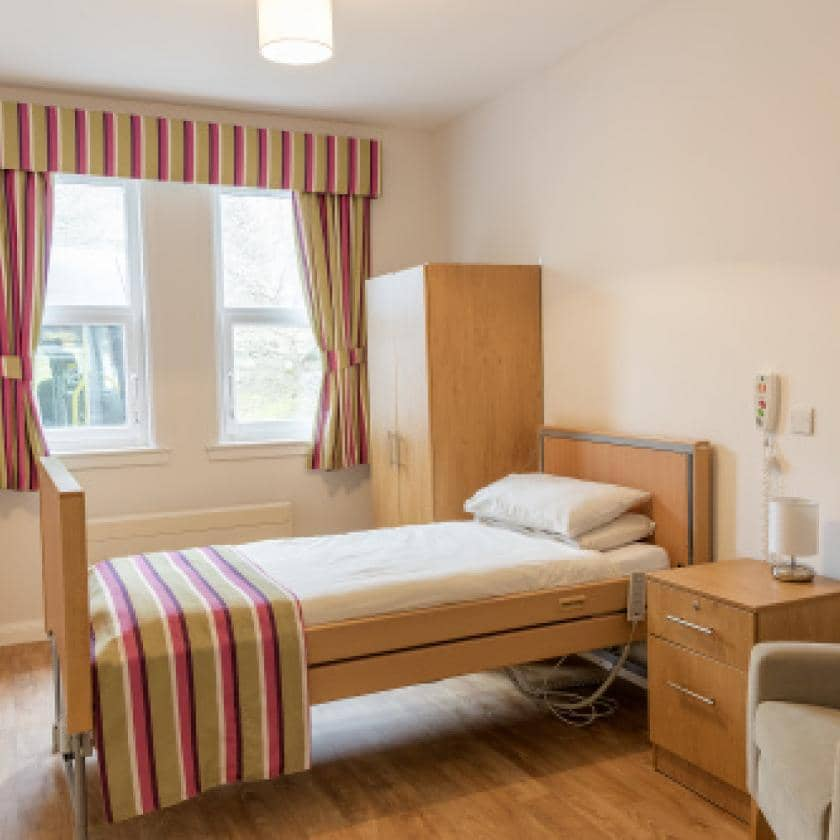 Pitcairn Lodge bedroom image