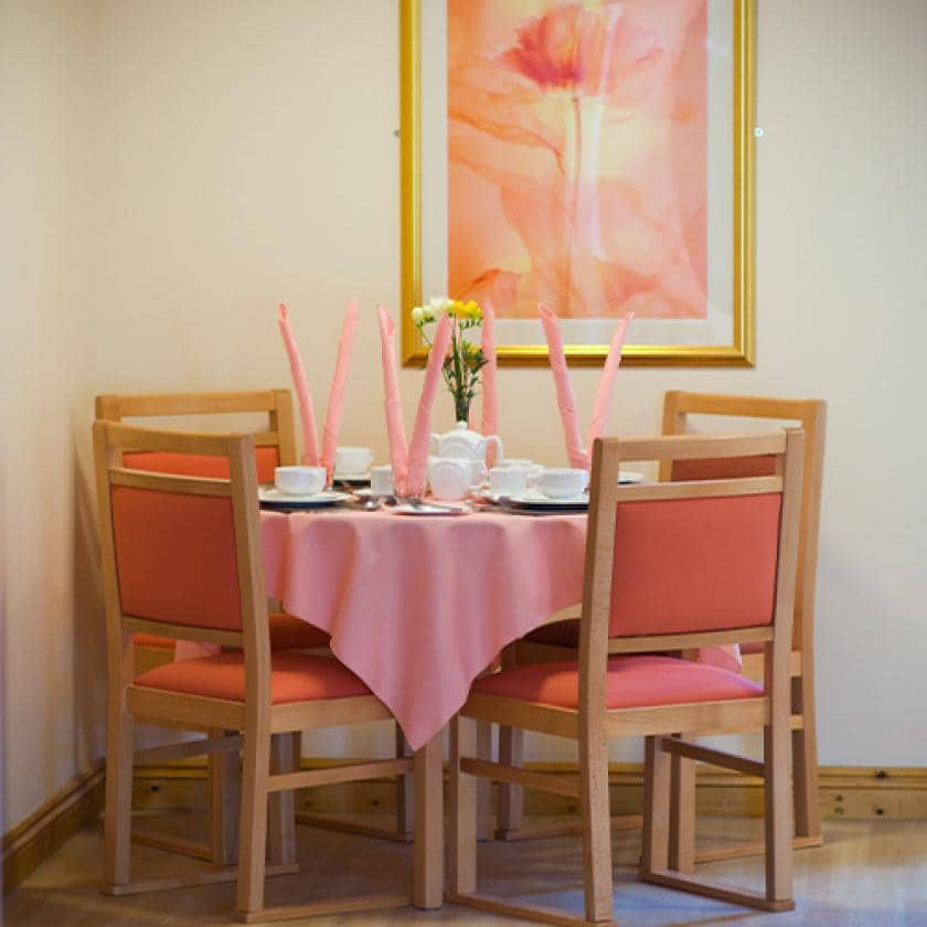 Wantage dining area